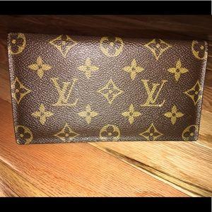 Vintage Louis Vuitton Malletier Checkbook Cover